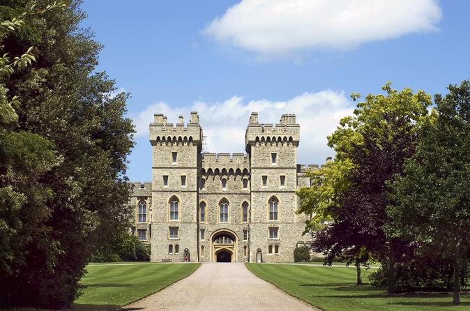 Viagem diurna saindo de Londres com destino ao Castelo de Windsor, Stonehenge e Oxford