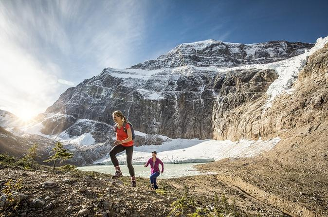 Mount edith cavell hiking tour in jasper 227387