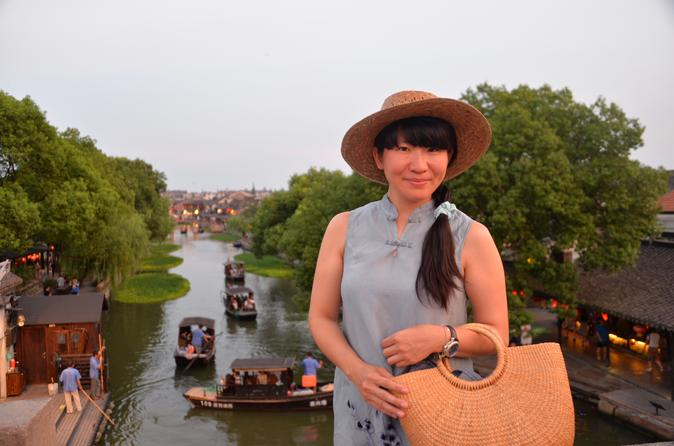 Disneyland Hotel Friendly Private Tour to Shanghai City highlights and Water Village