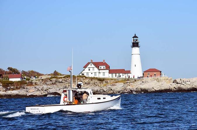 Private lighthouse sightseeing charter on a vintage lobster boat in portland 357100