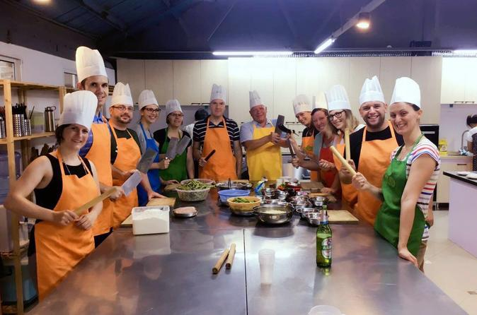 Private Chinese Cooking Class in Shanghai with Vegetarian Option