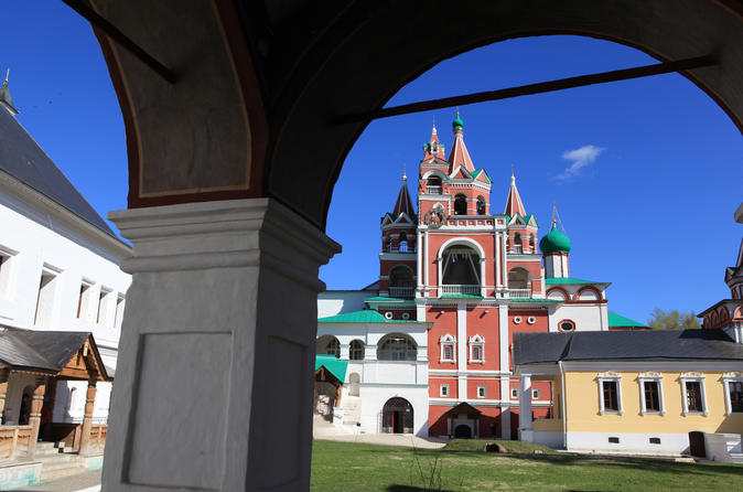 Discover Russian Countryside: Day Trip to Zvenigorod