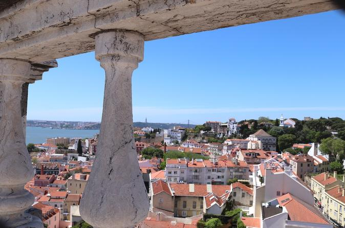 PREMIUM TOUR OF LISBON AND SURROUNDINGS