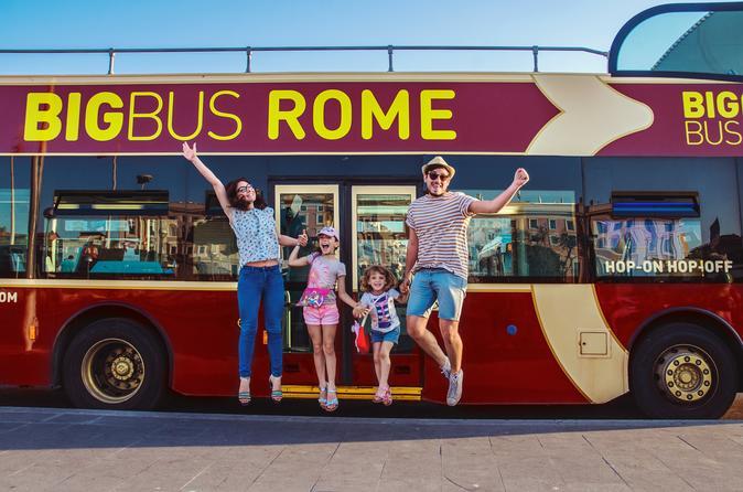 Rome Hop-On Hop-Off Bus tour and Return Transfer from Civitavecchia Port