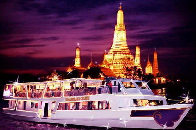 Romântico cruzeiro com jantar no Rio Chaophraya em Bangkok