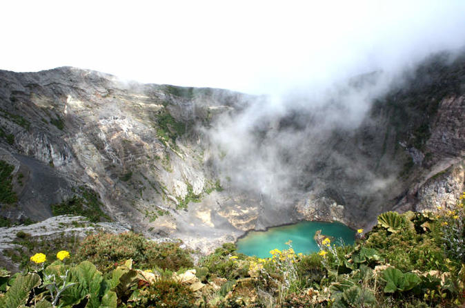 Day Trip Irazu Volcano & Thermals Hacienda Orosi - San Jose