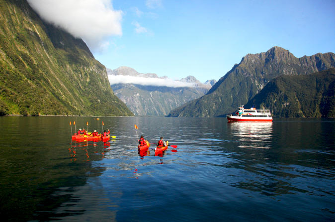 Milford sound cruise with optional kayak tour in milford sound 159163
