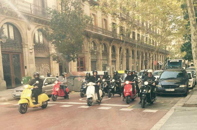 Barcelona City Arquitecture Tour By Vespa Scooter