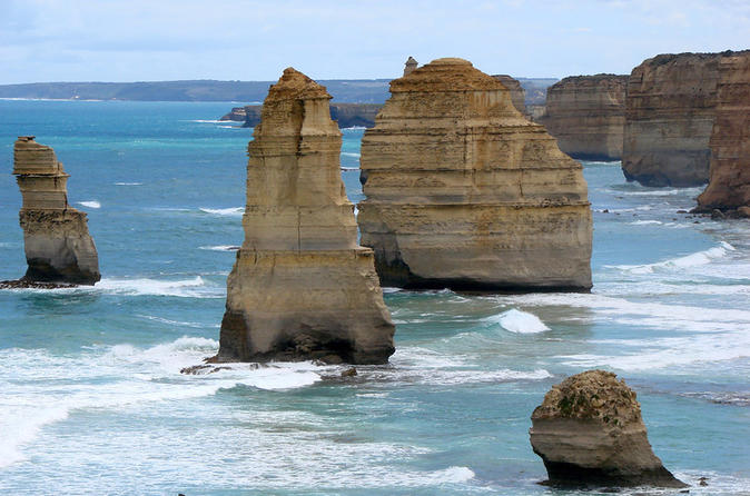 Melbourne Combo: Great Ocean Road Tour and Phillip Island Penguin Parade Tour