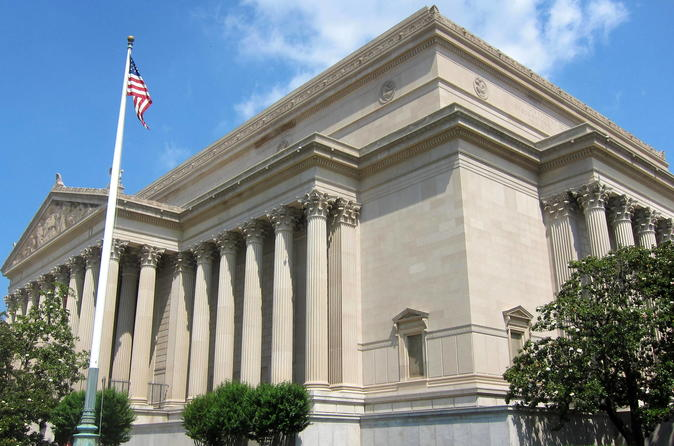 Skip-the-Line Access and Private Guided Tour: The National Archives Building