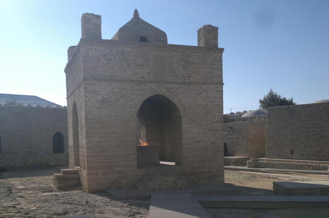 Day tour visiting zoroastrian temple and burning mountain from baku in baku 359128