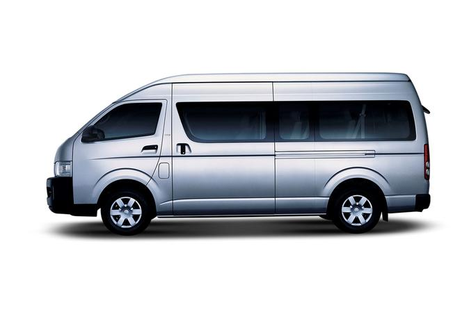 Arrival private transfer in Van from Bangkok Airport BKK or DMK to Bangkok city center zone 1
