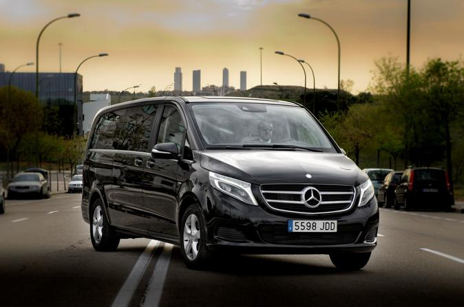 Departure Private Transfer Santiago to Santiago Airport SCL in a Luxury Van