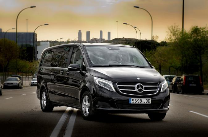Departure Private Transfer Luxury Van Barcelona to BCN airport