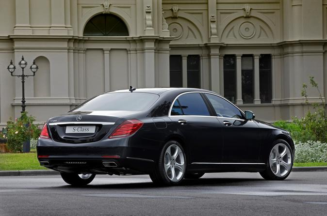 Paris City Departure Private Transfer to Paris Orly Airport ORY in Luxury Car