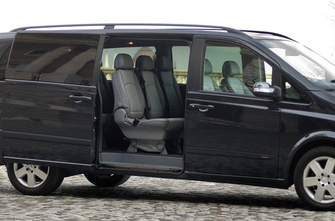 Private Luxury Van Arrival Transfer: from Charles de Gaulle Airport to Paris