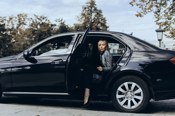 Stockholm Skavsta Airports NYO Arrival Private Transfer to Stockholm City in Business Car