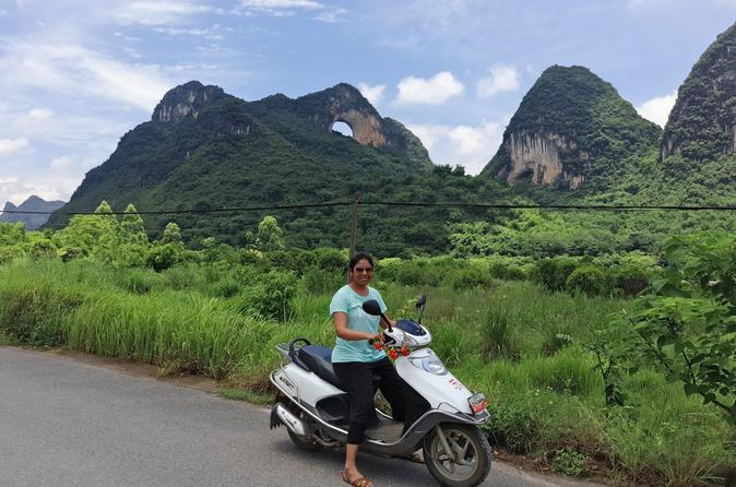 1 Day Yangshuo private Day Tour with the Scooter