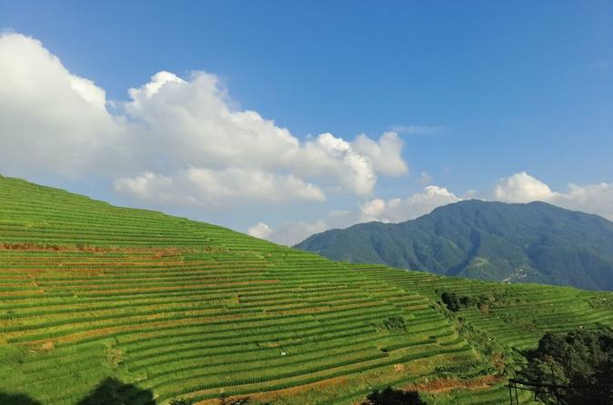 Private Hiking tour From Ping'an village to Dazhai village or vice Versa