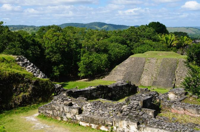 Belize zoo and xunantunich day trip by air from ambergris caye in san pedro 122147