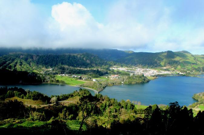 Half-Day 4WD Tour To Lagoa Das Sete Cidades - Ponta Delgada