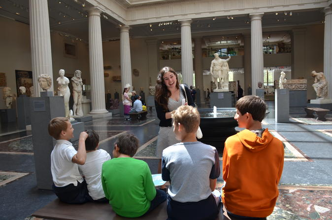 Private family tour at metropolitan museum of art with for New york city tours for families