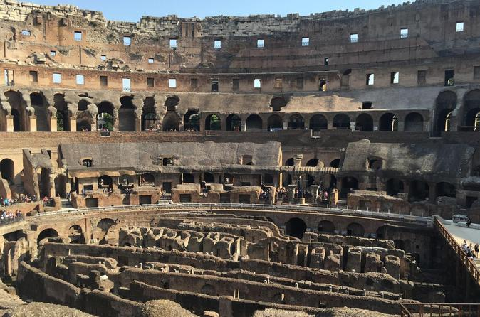 Colosseum with Gladiator Entrance small group tour