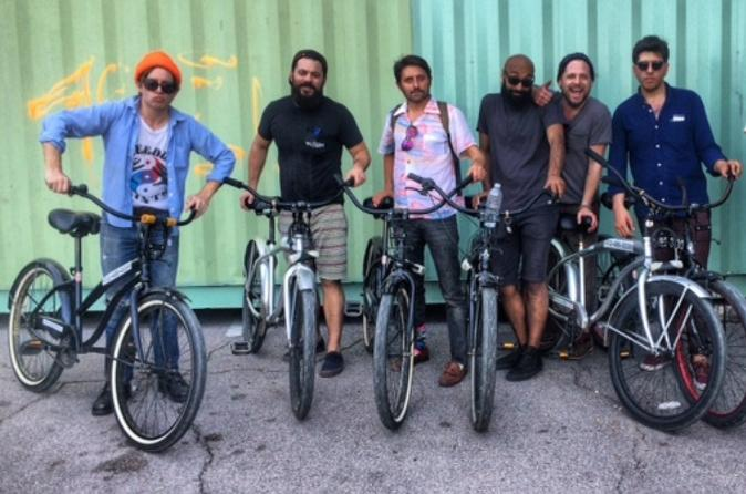 Rainey Street Pub Crawl and Bike Tour