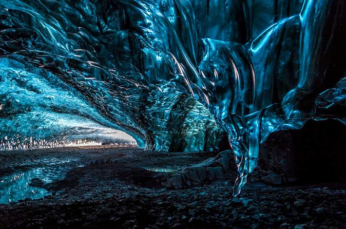 Crystal ice cave tour with pickup from jokulsarlon glacier lagoon in h fn 376351