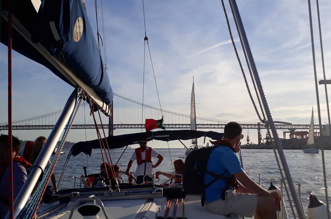 Sitway Tour And Sailboat Breakfast  (Belem To Cais Do Sodré) - Lisbon