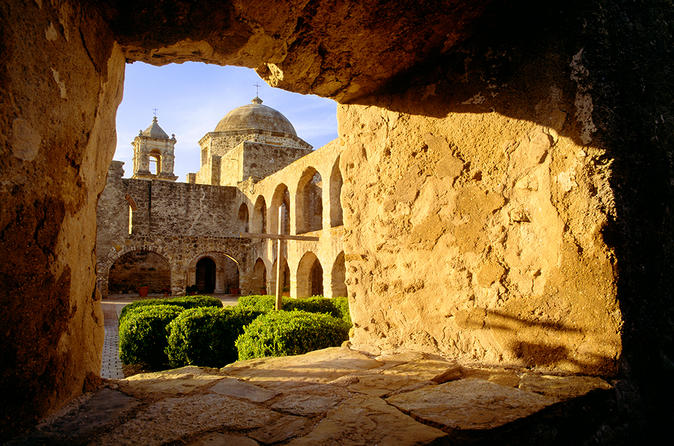 Small-Group World Heritage San Antonio Missions Tour with Guide