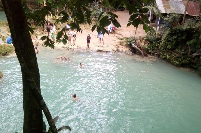 blue hole  dunns river lunch shopping from negril