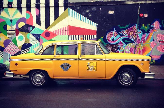 Brooklyn Pizza Tour By Vintage NYC Taxi Cab - New York City