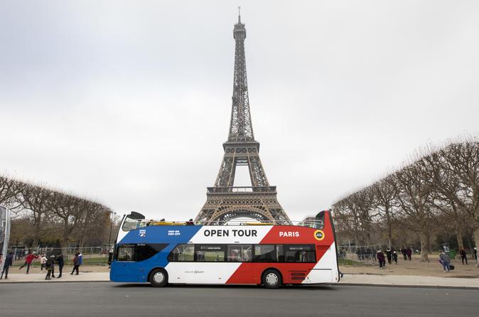 Excursão Hop-On-Hop-Off em ônibus aberto por Paris