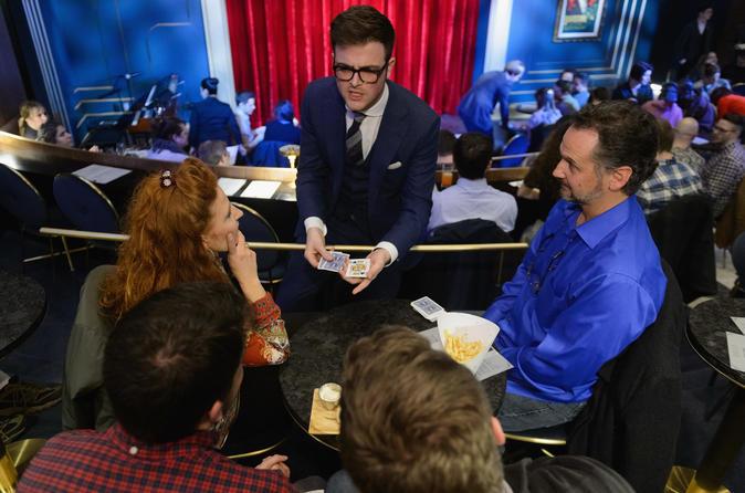 The Signature Show at Chicago Magic Lounge