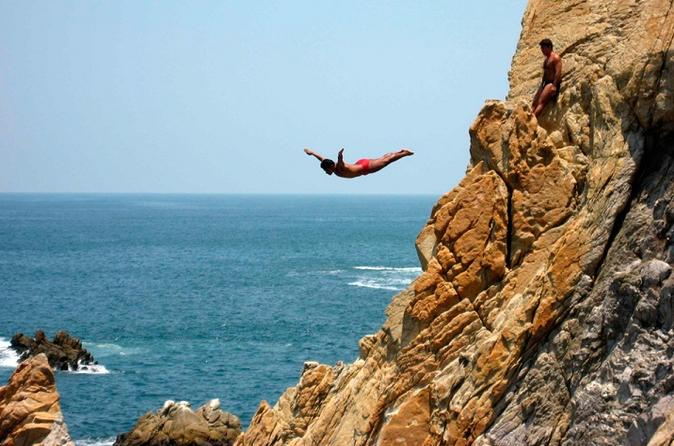 Acapulco Sightseeing City Tour with Optional Lunch