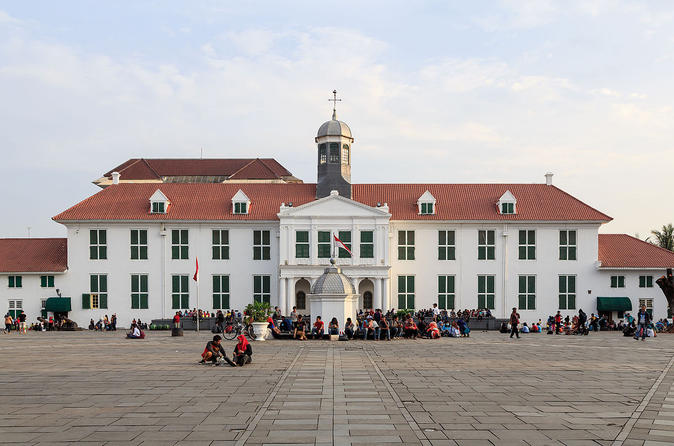 Private Tour: Half Day Jakarta Old City Tour
