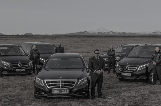 Private chauffeur transport Keflavik Airport KEF - Reykjavik City