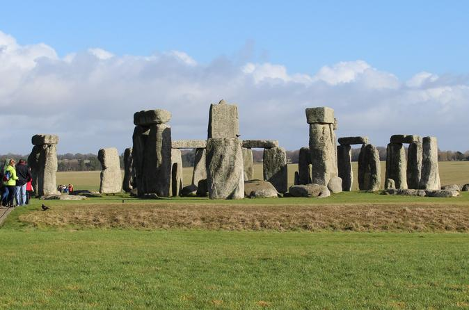 Stonehenge Bath Cotswolds and Oxford 2 day (Small Group) tour from London