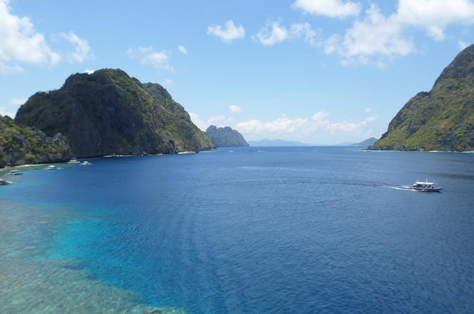 El Nido Island Hopping Tour A&B: Lagoons,Beaches,Caves & Coves With Buffet Lunch