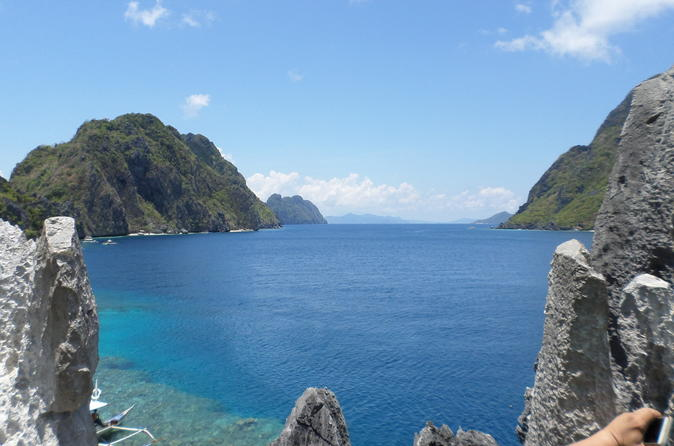 El Nido Island Hopping Tour C: Hidden Beaches And Shrines With Buffet Lunch