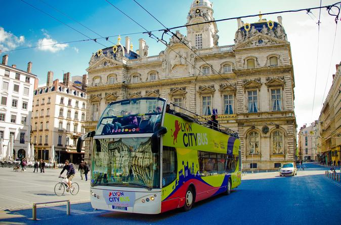 Hop-On-Hop-Off-Tour durch Lyon