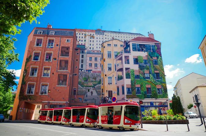 Lyon Croix-Rousse City Tram Tour with Audio Guide