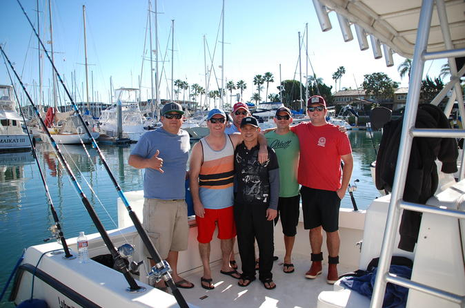 Rent a open hull boat for up to 8 people in saint tropez for Day fishing license ca