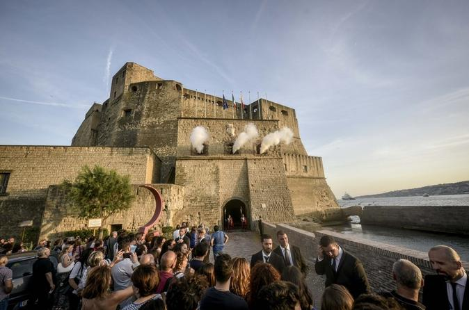 The Mistery of Castel dell Ovo
