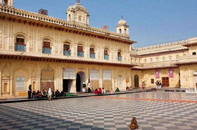 Ayodhya Tour From Lucknow (Same Day)