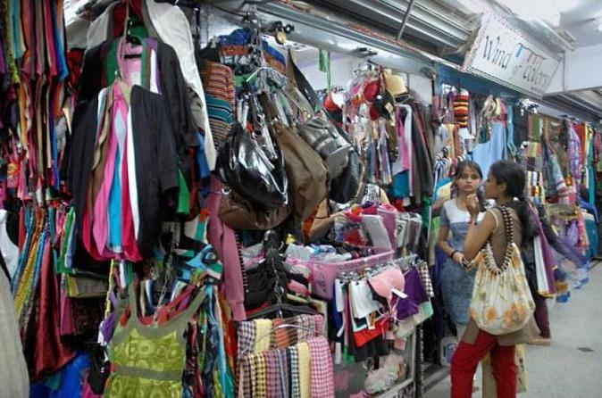 Private Bangalore Shopping Spree and Bazaar Stroll