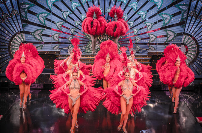 VIP da Viator: Show no Moulin Rouge com assento VIP exclusivo e jantar com 4 pratos