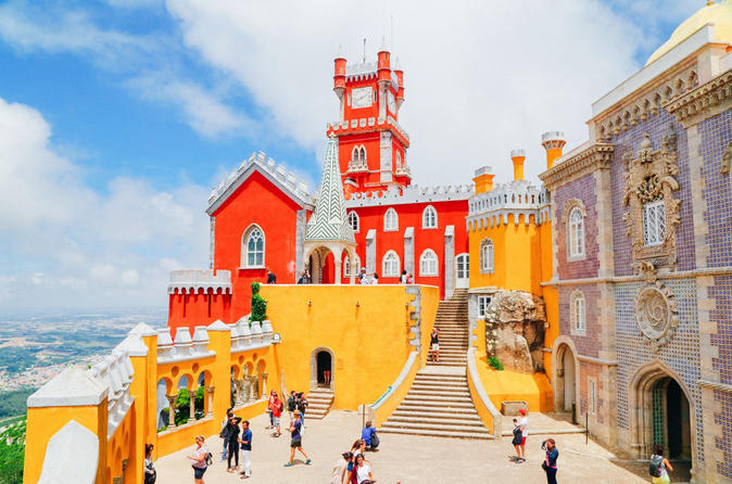 Private Tour: Sintra, Estoril, Cabo da Roca, Azenhas do Mar Pick up: Lisbon in Mercedes