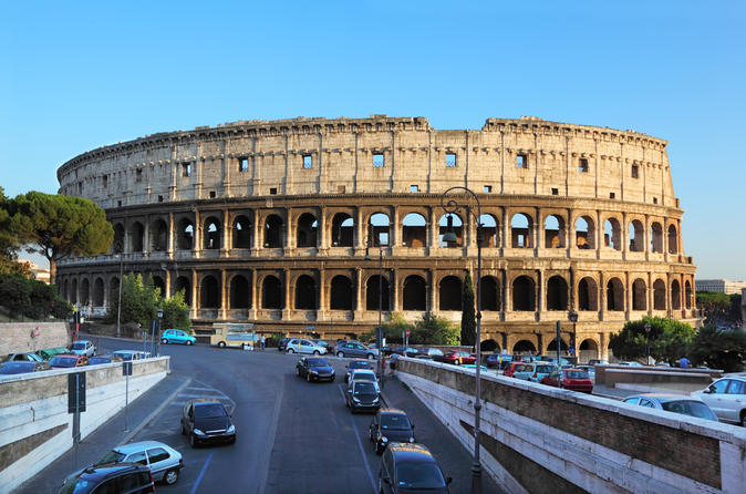 Skip the Line: Colosseum, Roman Forum and Palatine Hill Tour
